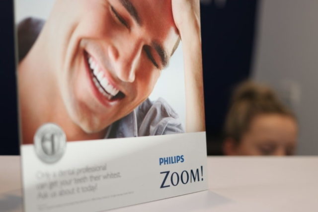 The Fine Tooth Croydin Offers Zoom Teeth Whitening