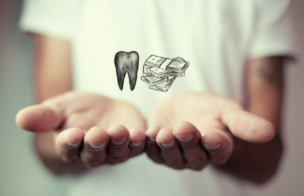 How much does dental implant cost?